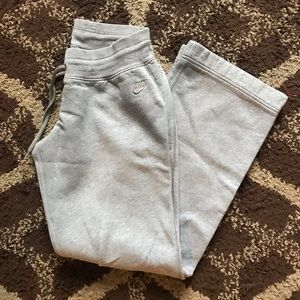 Vintage Nike Sportswear Grey Sweatpants M(8-10)